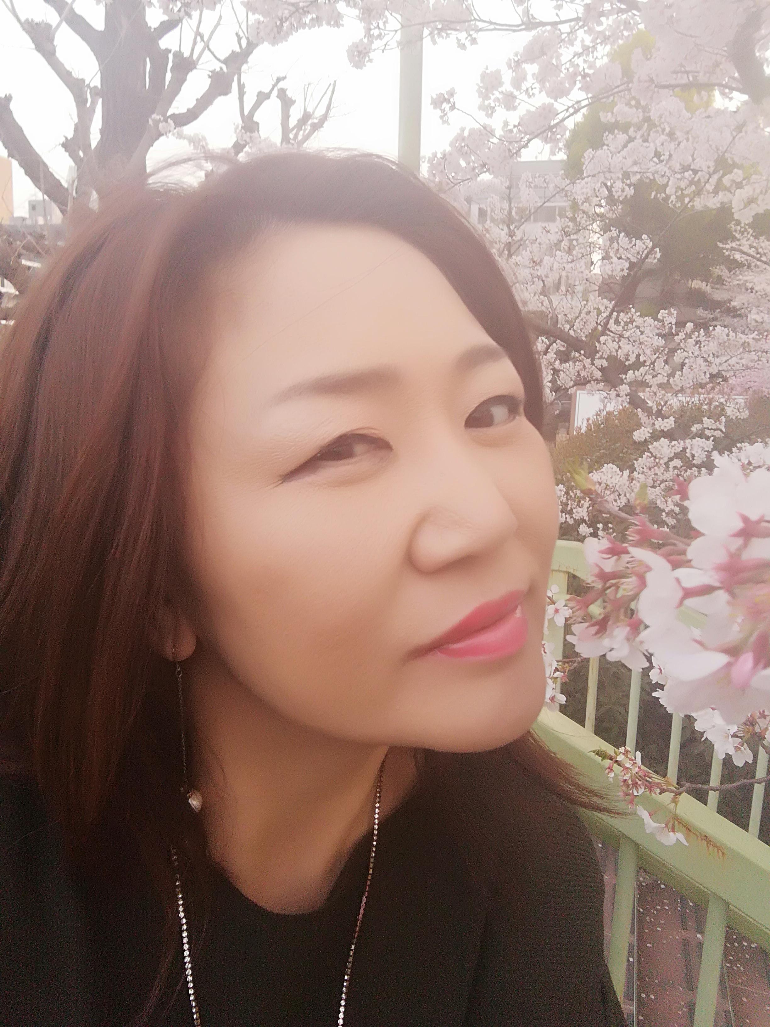 染井吉野に感謝のキス|薫☆彡さんの日誌写真
