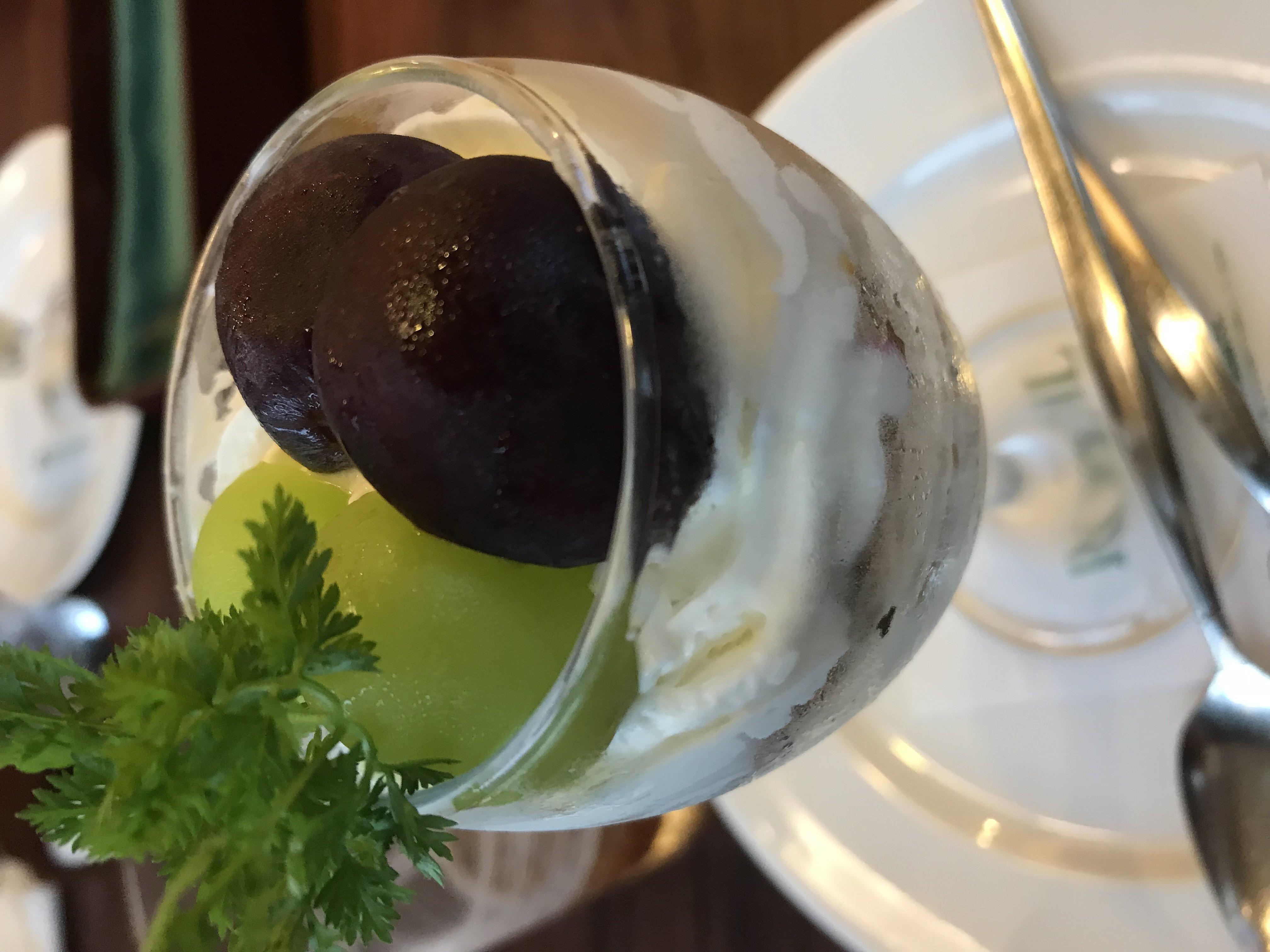 人妻さん日誌:秋の味覚、<br /> 葡萄が大